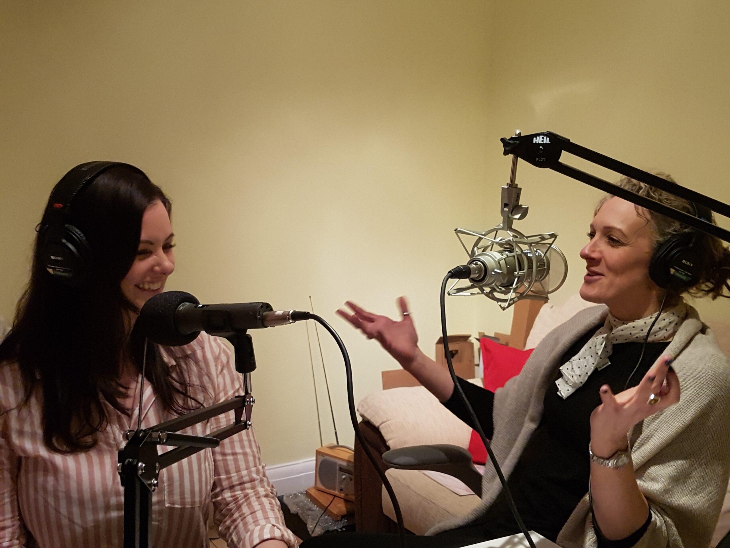 Zoe & Aiofe Recording with Mic